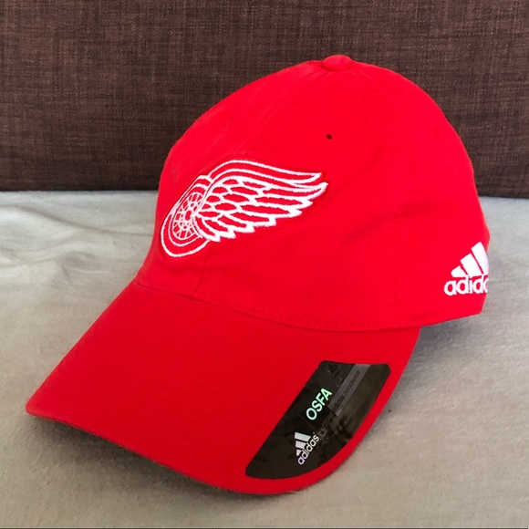 7a9bca26c8f2 Detroit Red Wings NHL Adidas Adjustable Hat NWT
